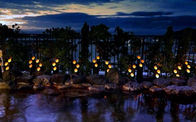 露天風呂の照明